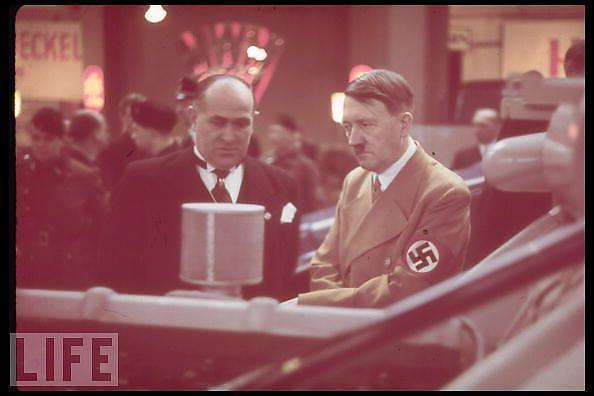 Hitler-en-couleurs_2_defaultbody