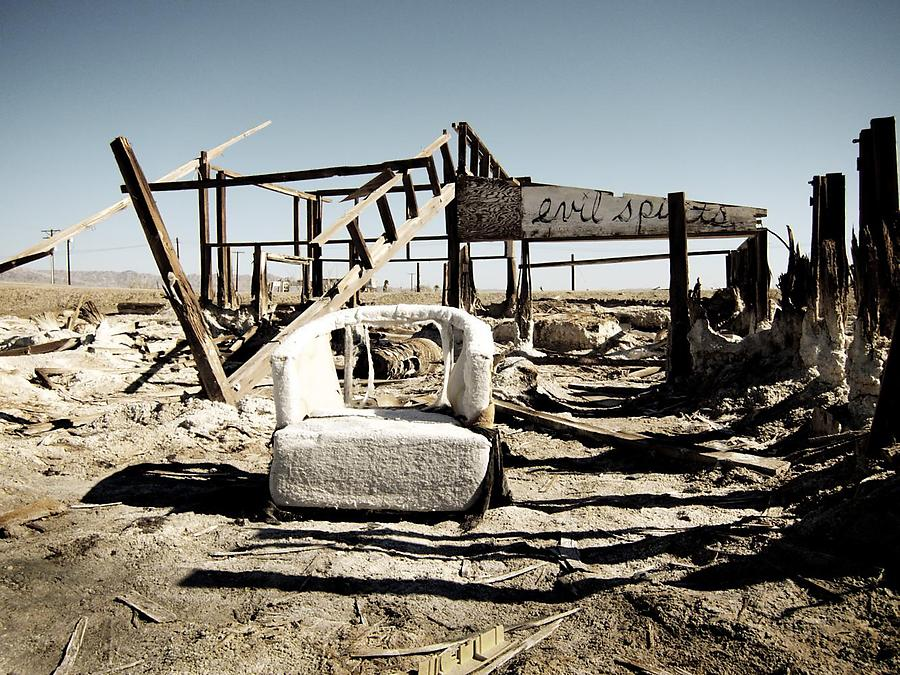 Bombay-Beach_1_defaultbody
